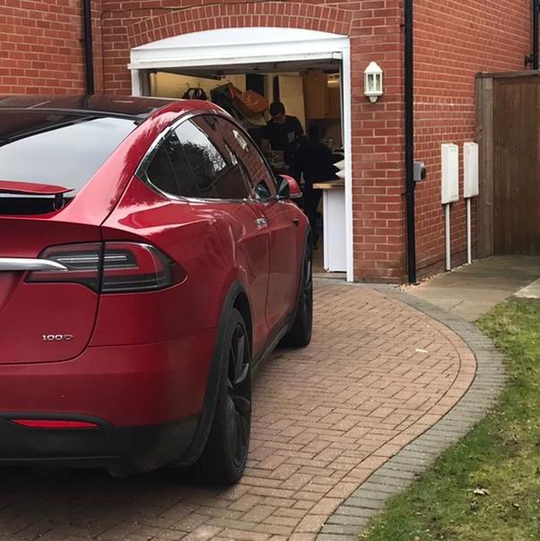 tesla, ev charger, electric car, eo mini pro, eo mini, chargebase, hybrid, eo charging, uk
