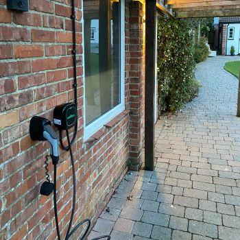 Black ev charger, electric car, wallbox pulsar plus, chargebase, hybrid, uk
