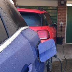 Peugeot 5008 hybrid charging EV